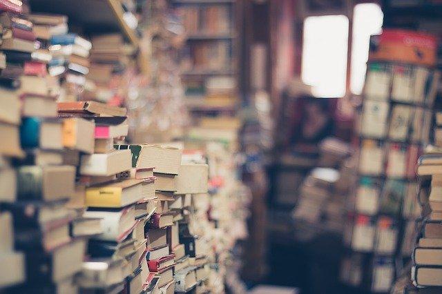 Rejs ud i verden med bøger